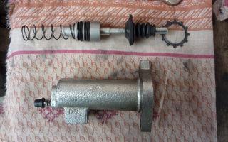 Замена рабочего цилиндра сцепления w124