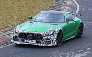 Mercedes-amg gt r clubsport бросит вызов porsche 911 gt3