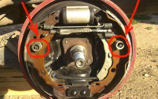 Как поменять задние колодки рено логан видео