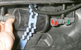 Как заменить топливный фильтр на рено логан