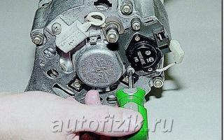 Как снять регулятор напряжения на генератор