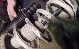Как поменять стойки на рено дастер