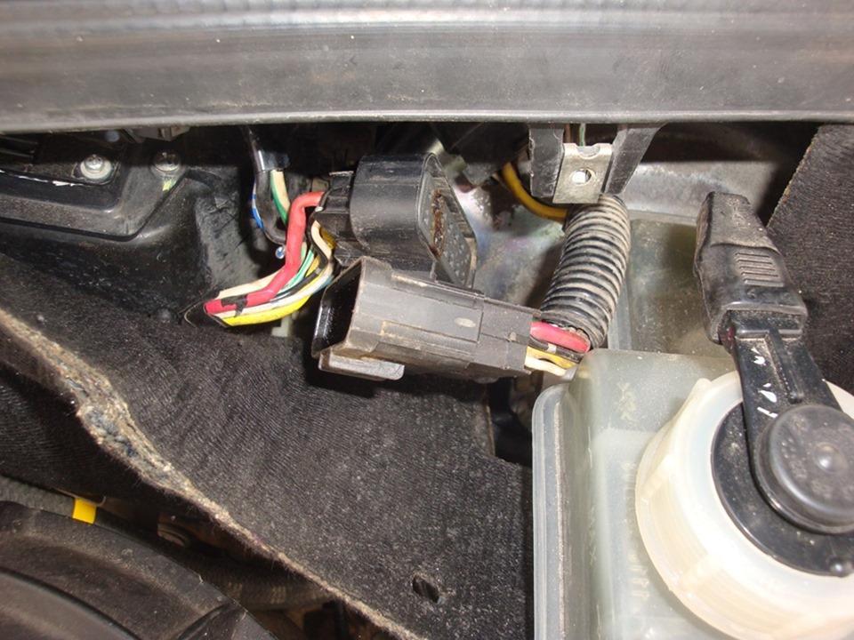 Попал лист бумаги в вентиляторобдува возуха на приоре с кондиционером